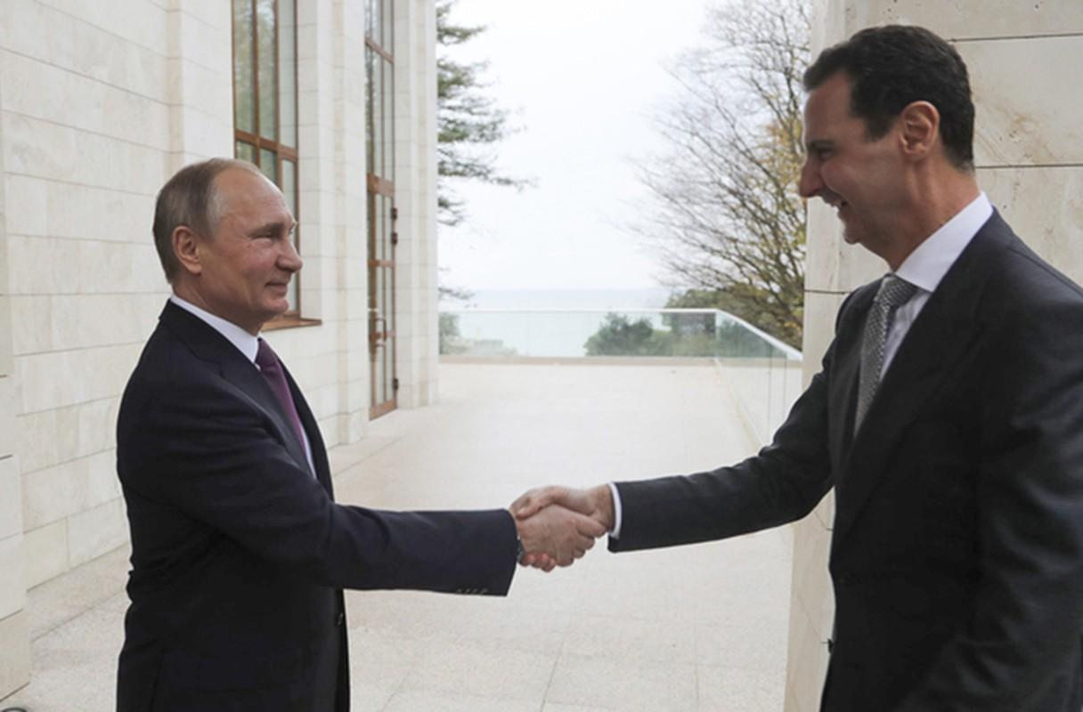 Cai bat tay chien thang cua Tong thong Putin va Tong thong Assad-Hinh-5