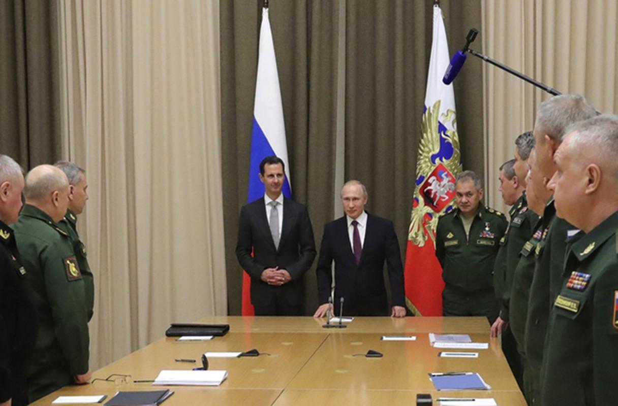 Cai bat tay chien thang cua Tong thong Putin va Tong thong Assad-Hinh-6