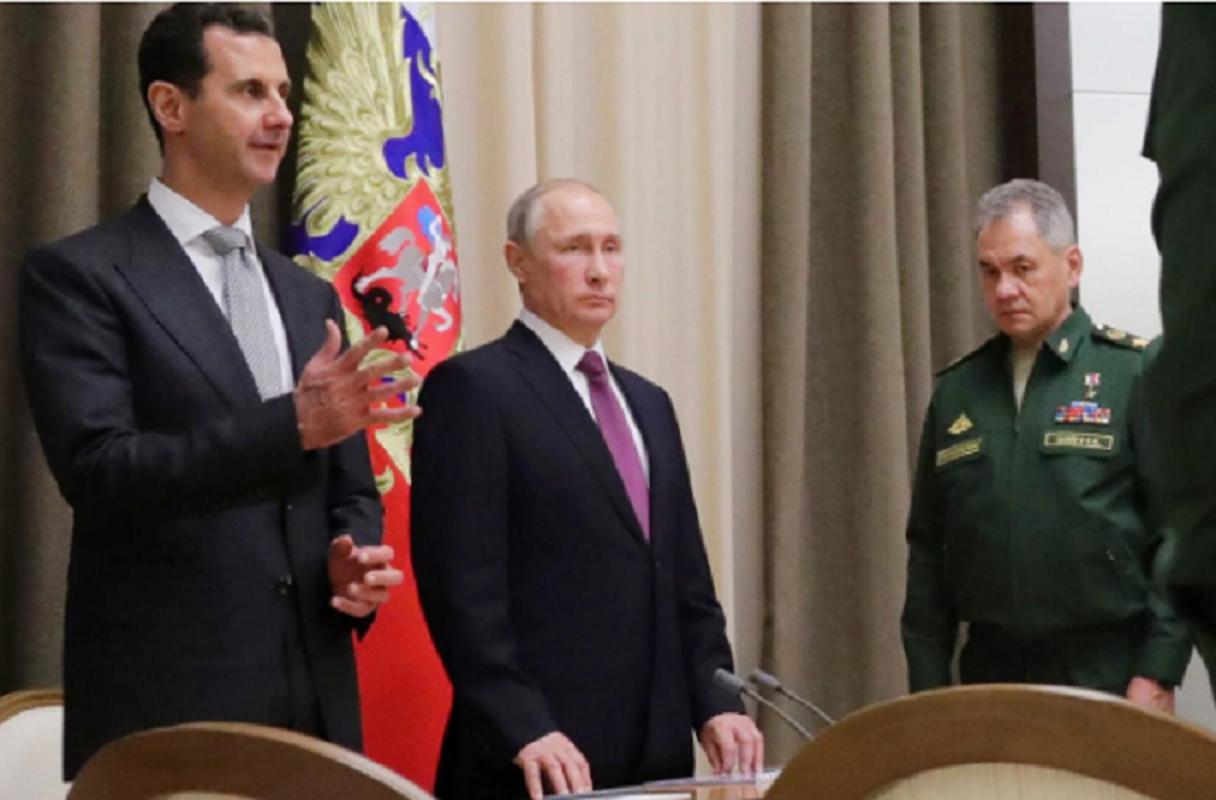 Cai bat tay chien thang cua Tong thong Putin va Tong thong Assad-Hinh-8