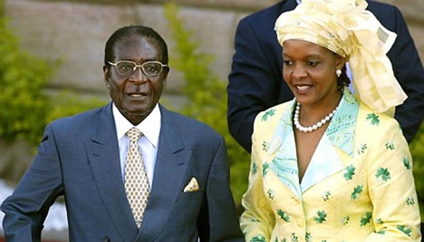 Quen song xa hoa, ba Mugabe ra sao sau khi chong mat chuc?-Hinh-2