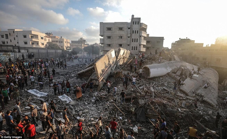 """Israel-Hamas doi dau, Dai Gaza hung du """"mua bom bao dan""""-Hinh-10"""