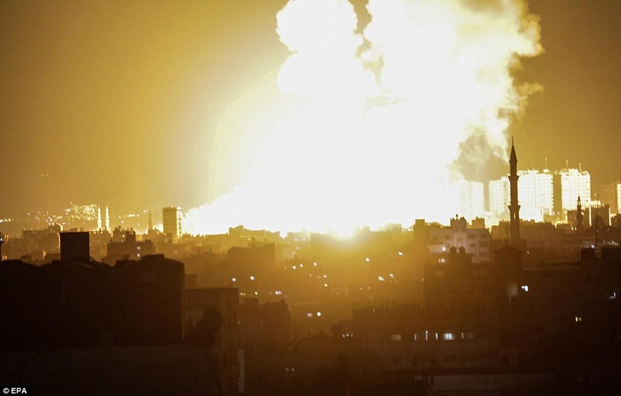 """Israel-Hamas doi dau, Dai Gaza hung du """"mua bom bao dan""""-Hinh-13"""