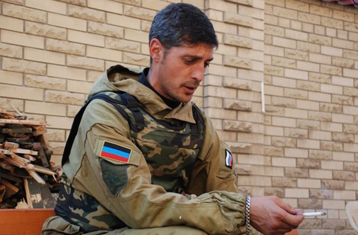 Chan dung 3 thu linh lung danh mien Dong Ukraine bi am sat-Hinh-8
