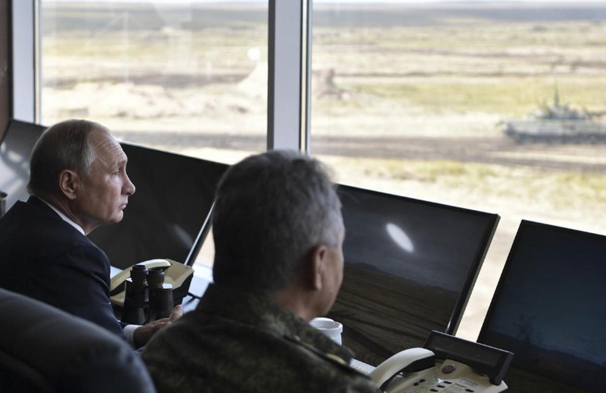 Tong thong Nga Putin da noi gi khi thi sat cuoc tap tran Vostok-2018?-Hinh-2