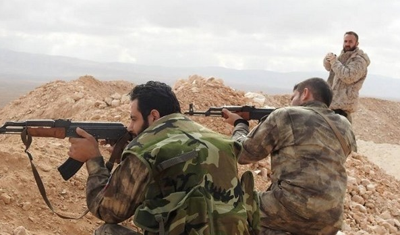 IS phan cong du doi, Quan doi Syria ton that nang tai Deir Ezzor-Hinh-6