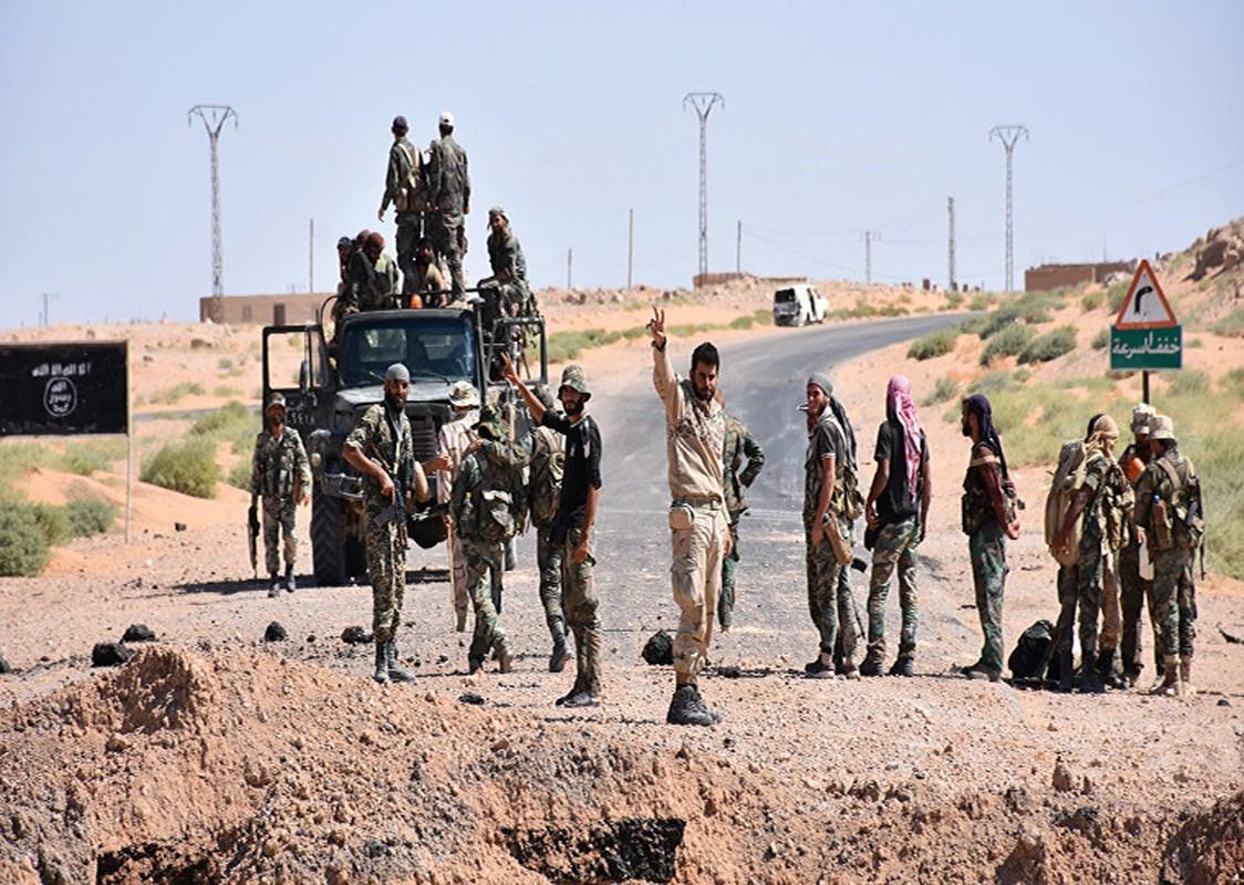 IS phan cong du doi, Quan doi Syria ton that nang tai Deir Ezzor-Hinh-9
