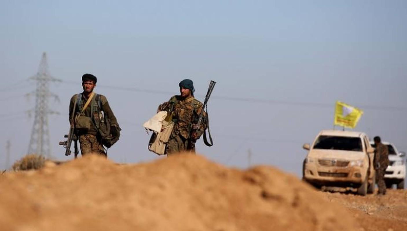 SDF chiem vung chien luoc tai Deir Ezzor, IS phan cong trong vo vong-Hinh-2