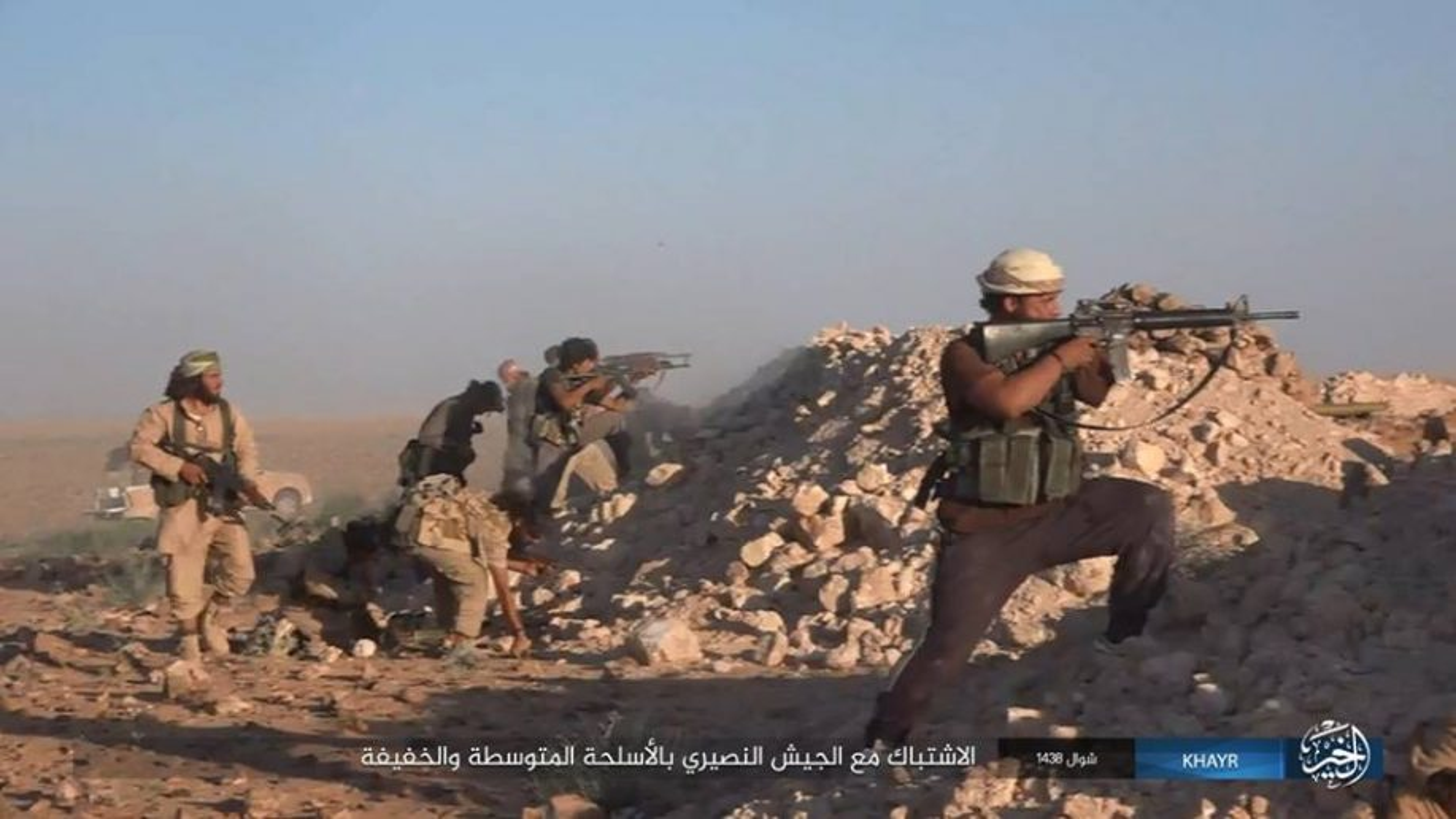 SDF chiem vung chien luoc tai Deir Ezzor, IS phan cong trong vo vong-Hinh-5