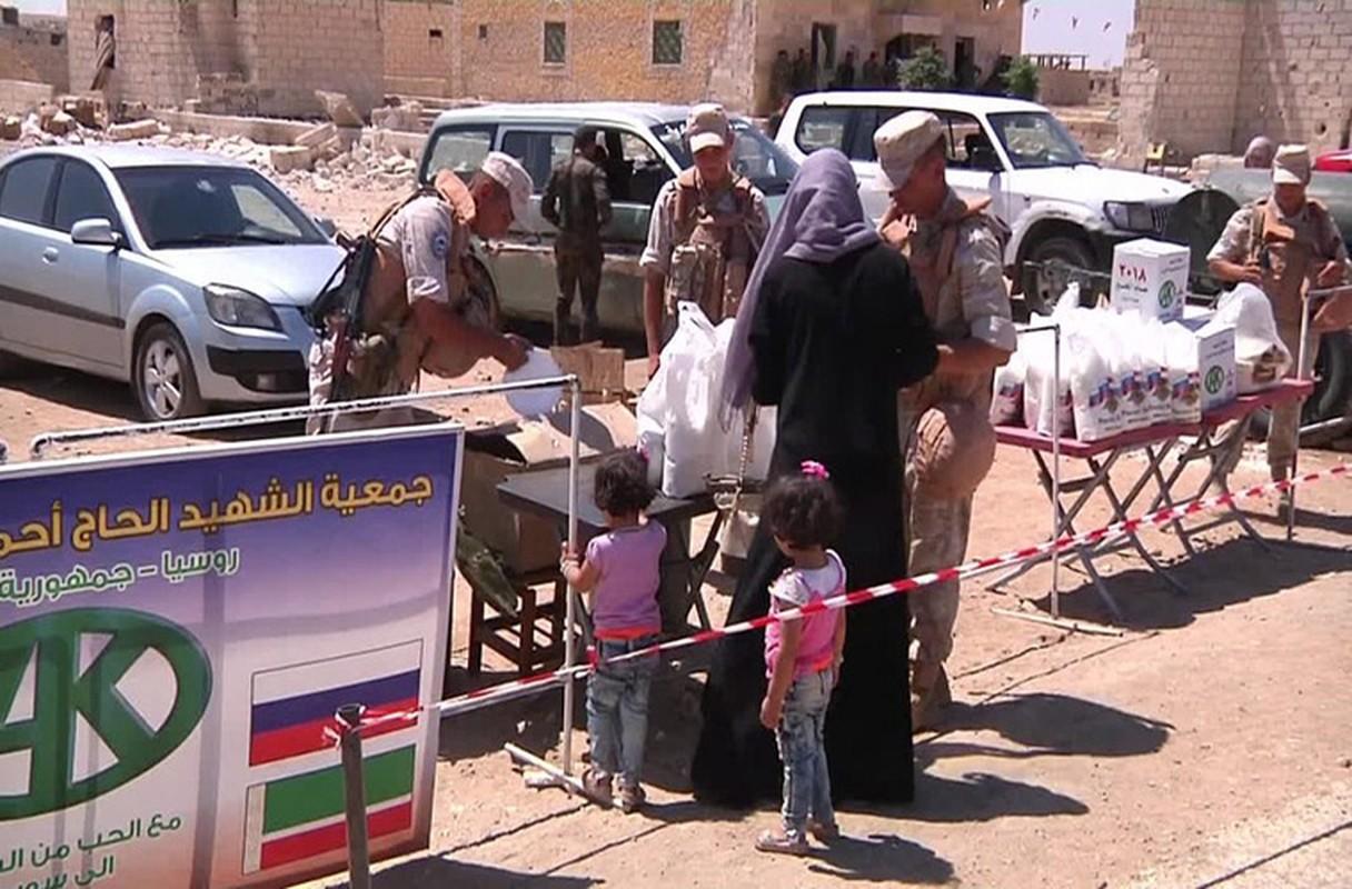 Khong cam tam mat dat, khung bo HTS quyet pha vong vay Idlib?-Hinh-10