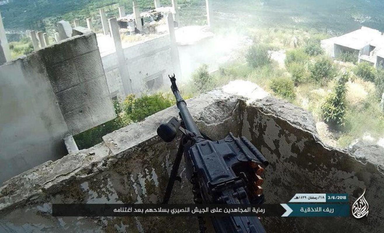Khong cam tam mat dat, khung bo HTS quyet pha vong vay Idlib?-Hinh-5