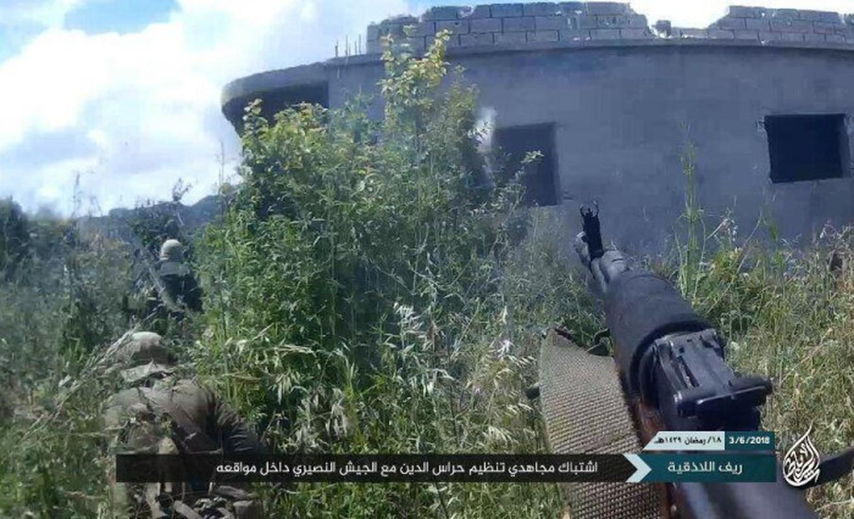 Khong cam tam mat dat, khung bo HTS quyet pha vong vay Idlib?-Hinh-6