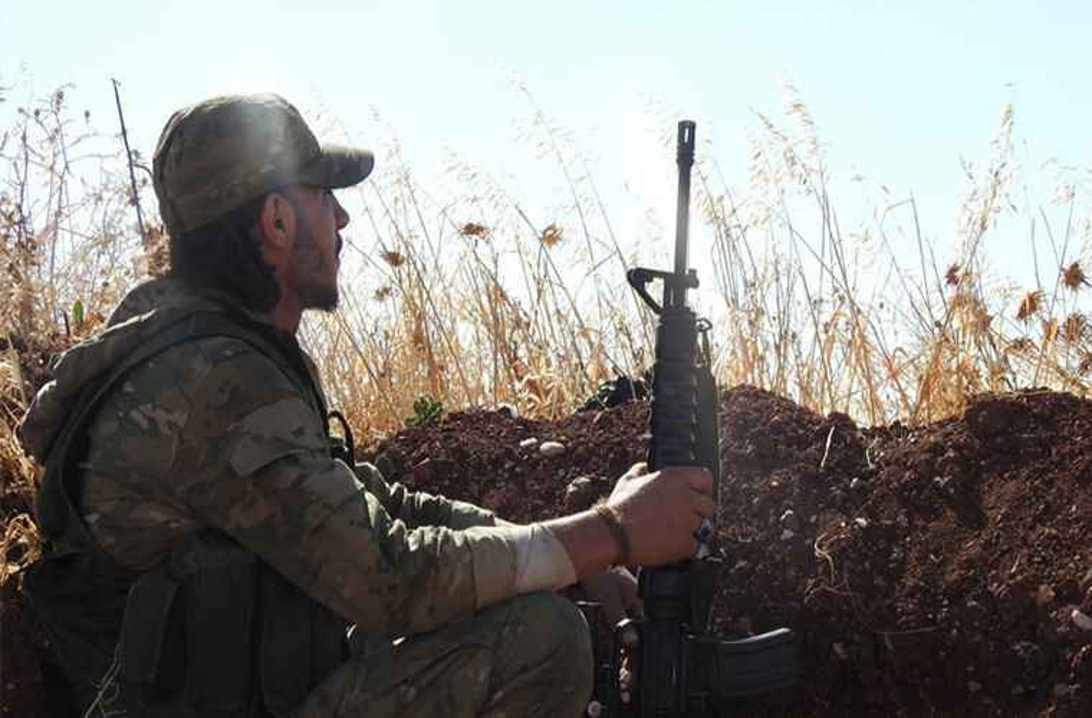 Khong cam tam mat dat, khung bo HTS quyet pha vong vay Idlib?-Hinh-8