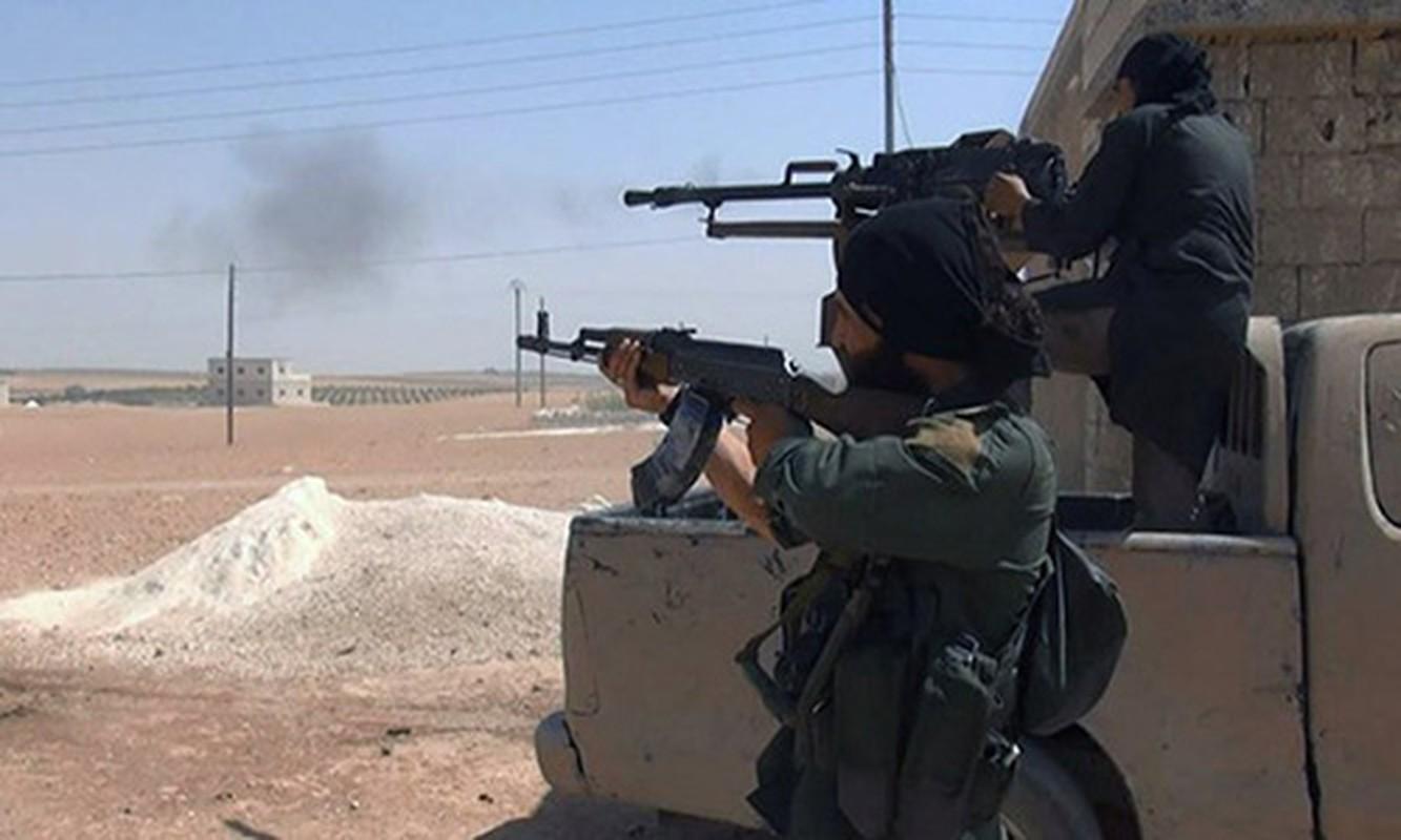 Khong cam tam mat dat, khung bo HTS quyet pha vong vay Idlib?