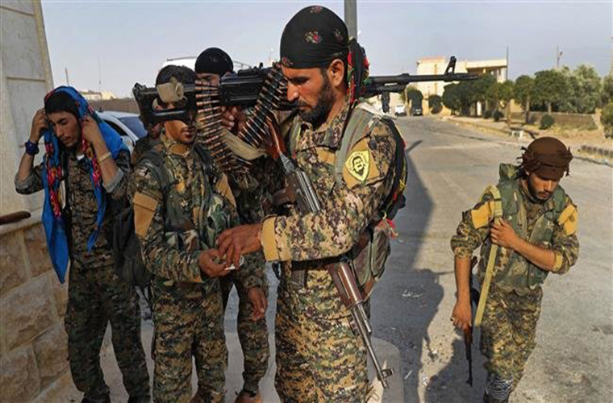 "SDF thang lon, IS ""chet nhu nga ra"" tren chien truong Deir Ezzor-Hinh-2"