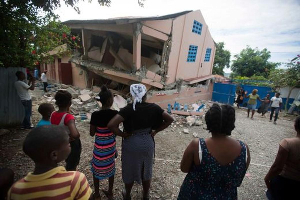 Tan hoang hien truong dong dat o Haiti, hon 100 nguoi thuong vong-Hinh-5