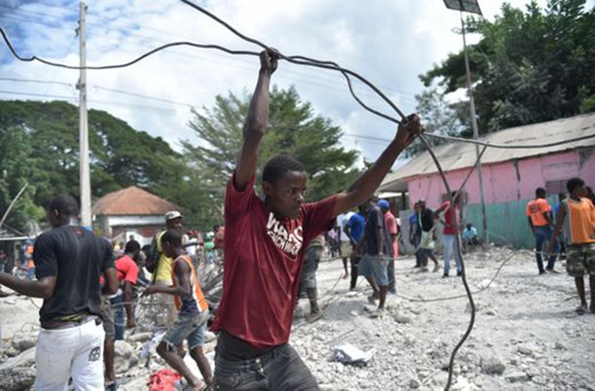 Tan hoang hien truong dong dat o Haiti, hon 100 nguoi thuong vong-Hinh-9
