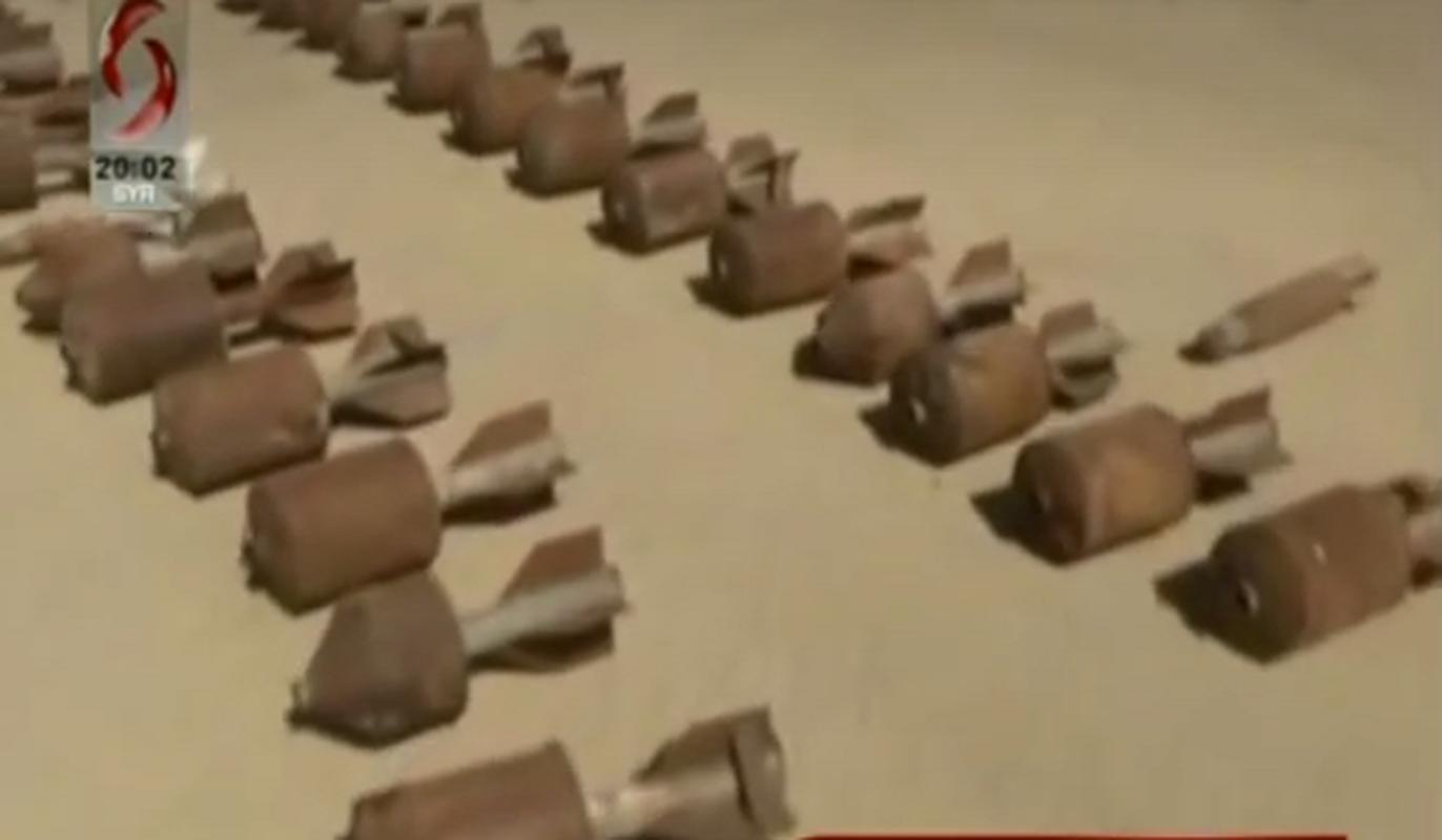 """Quan doi Syria tich thu kho vu khi """"khung"""" cua phien quan o Daraa-Hinh-2"""