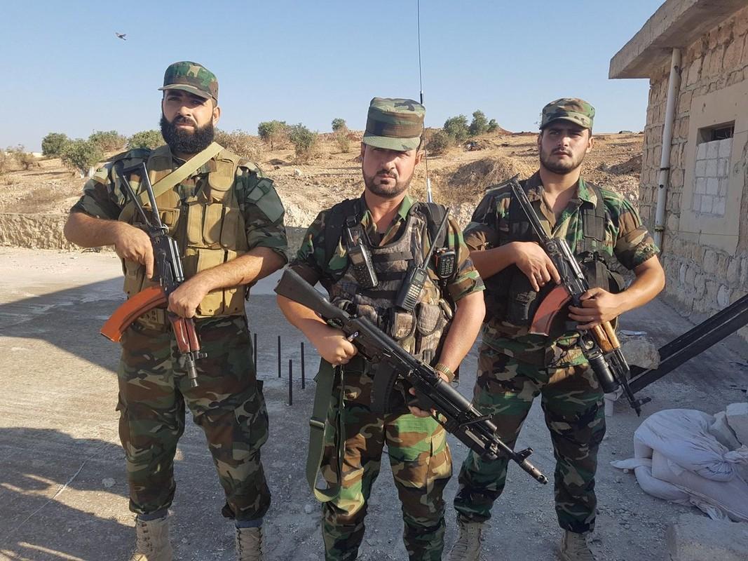 """Quan doi Syria tich thu kho vu khi """"khung"""" cua phien quan o Daraa-Hinh-6"""