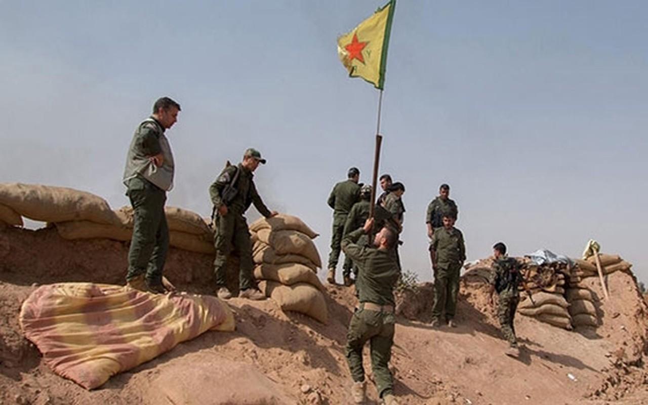 """Syria dieu tiep vien hung hau toi Sweida, sap """"ket lieu"""" IS tai al-Safa-Hinh-9"""