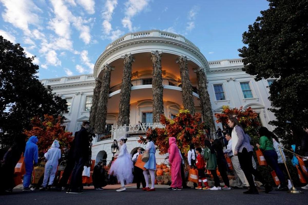 Ma mi le hoi Halloween cua ong Trump tai Nha Trang-Hinh-4