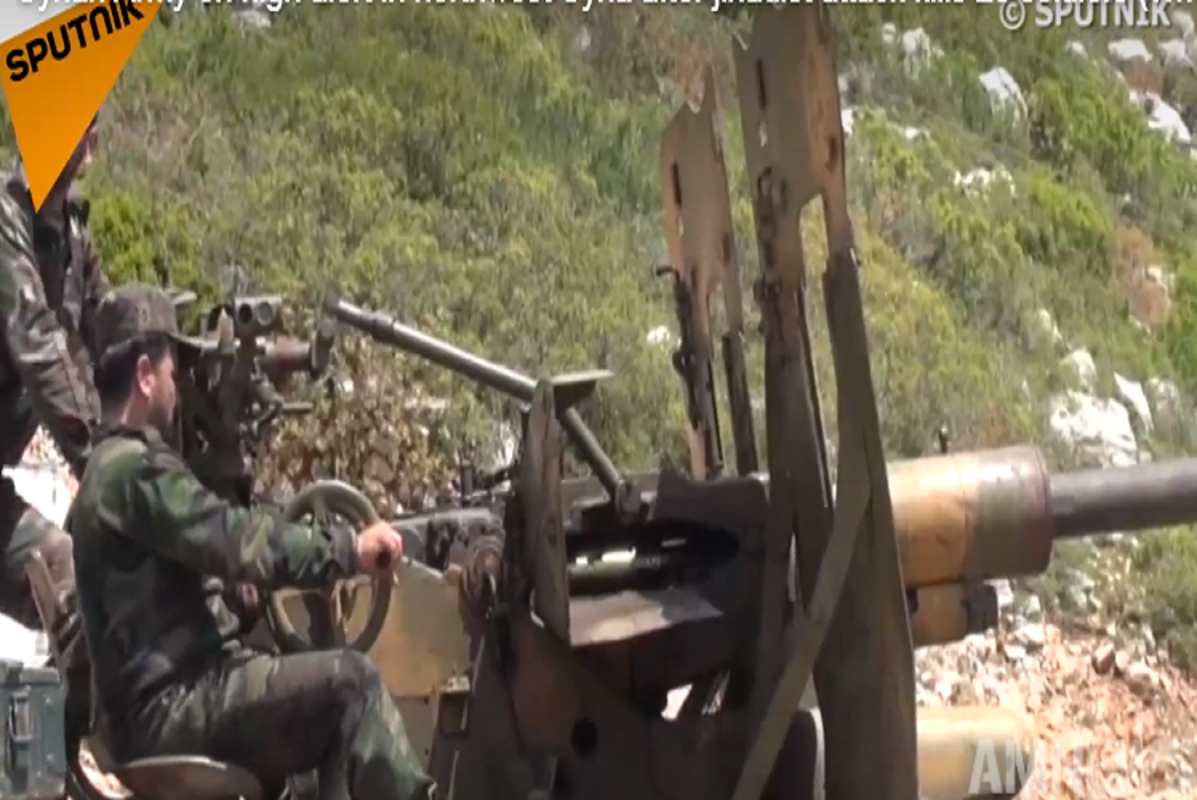 Khung bo phan cong, Syria ton that nang o chien truong Tay Bac-Hinh-2