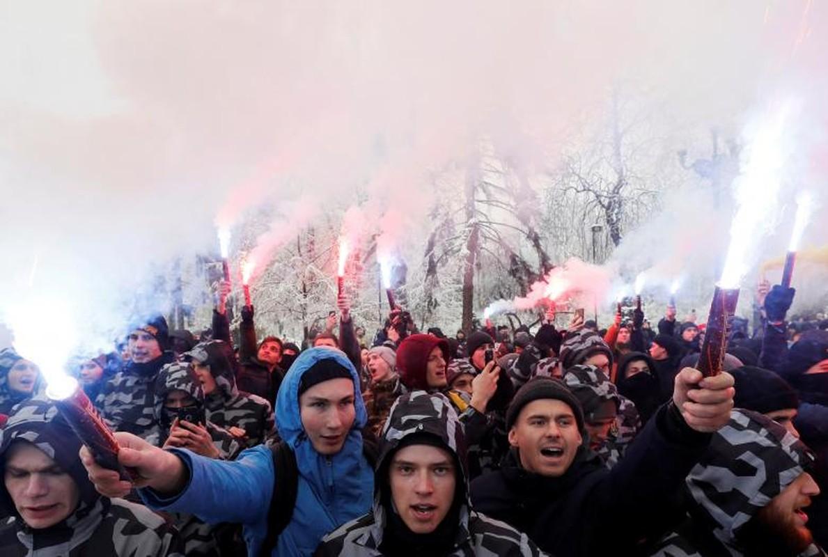 Toan canh vu dung do khien cang thang Nga-Ukraine leo thang-Hinh-7