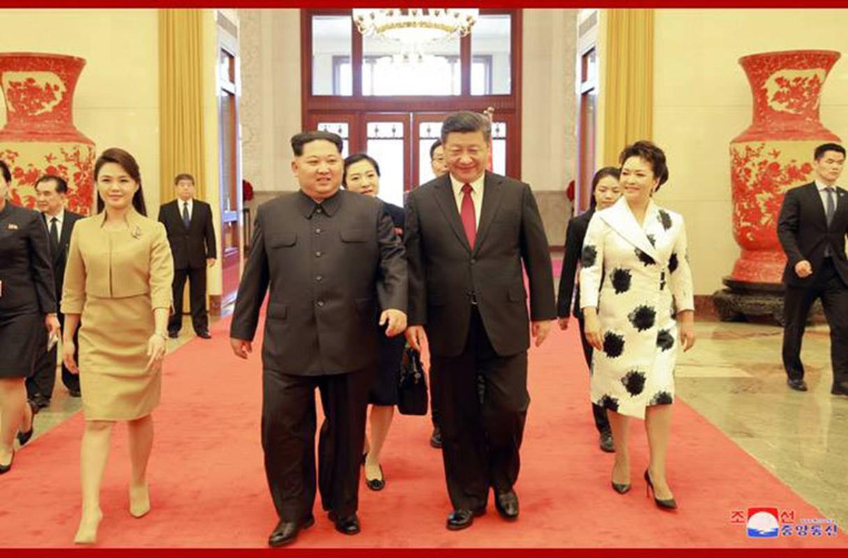 Chua toi mot nam ong Kim Jong-un da bon lan tham Trung Quoc-Hinh-6