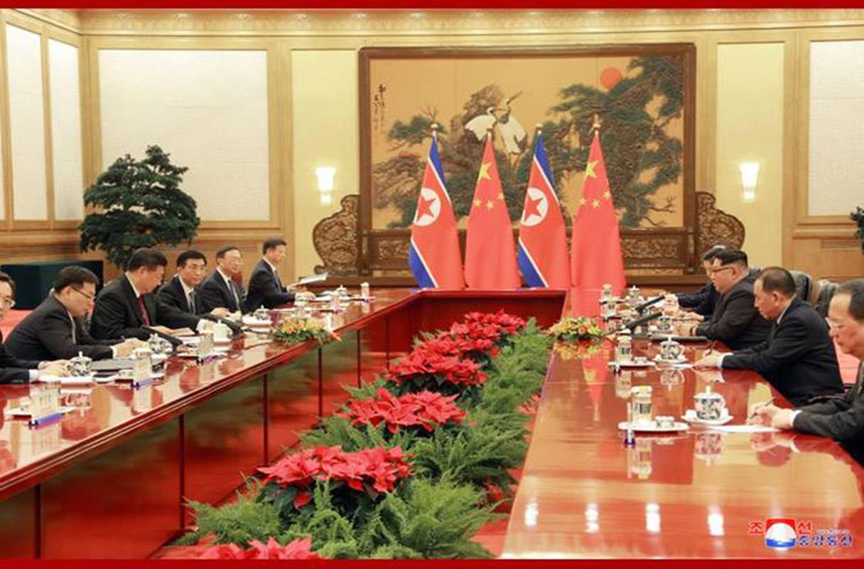 Chua toi mot nam ong Kim Jong-un da bon lan tham Trung Quoc-Hinh-7