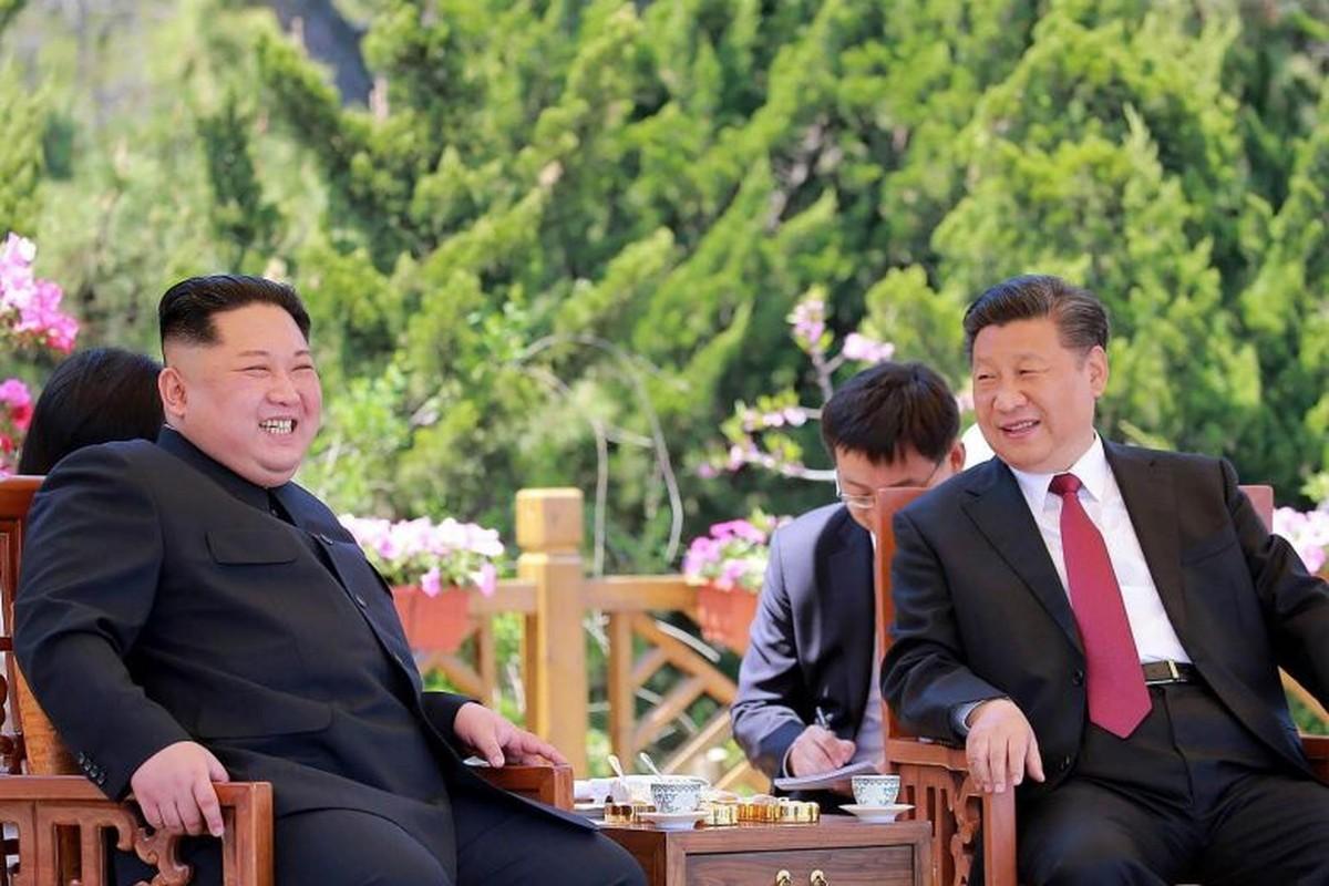 Chua toi mot nam ong Kim Jong-un da bon lan tham Trung Quoc-Hinh-8