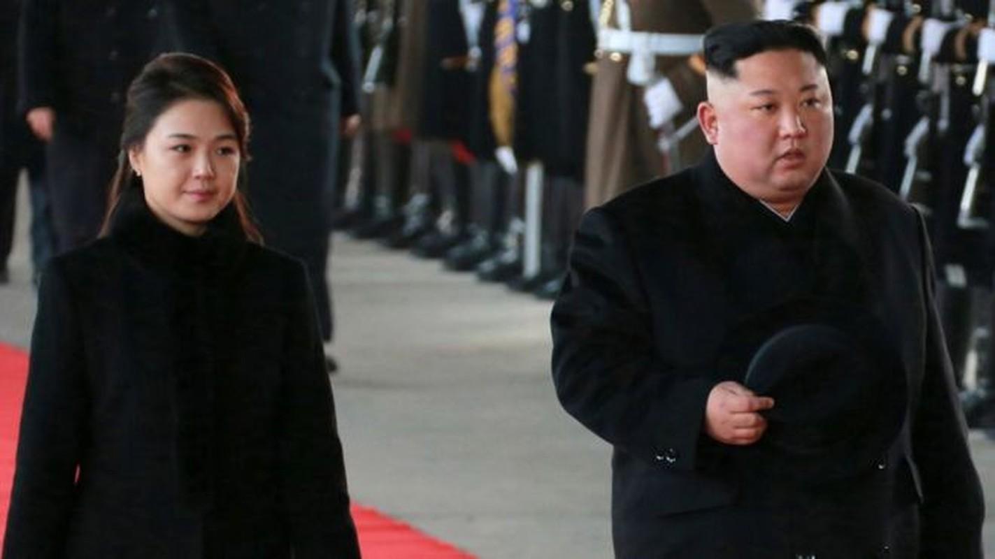 Chua toi mot nam ong Kim Jong-un da bon lan tham Trung Quoc