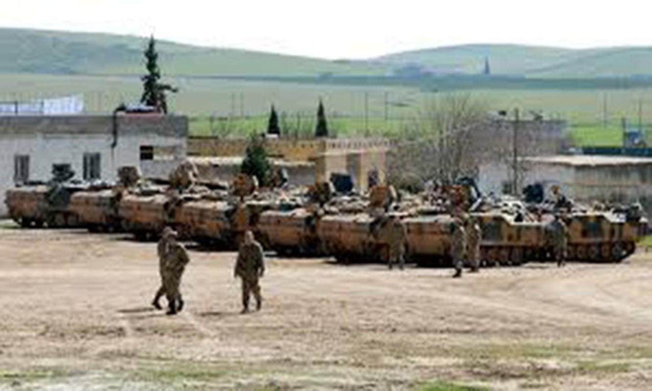 Tho Nhi Ky ap sat bien gioi Syria, sap khai chien voi nguoi Kurd-Hinh-2