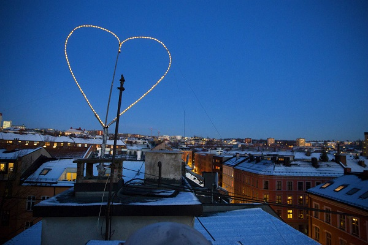 Ngac nhien truyen thong trong ngay Valentine o cac nuoc tren the gioi-Hinh-14