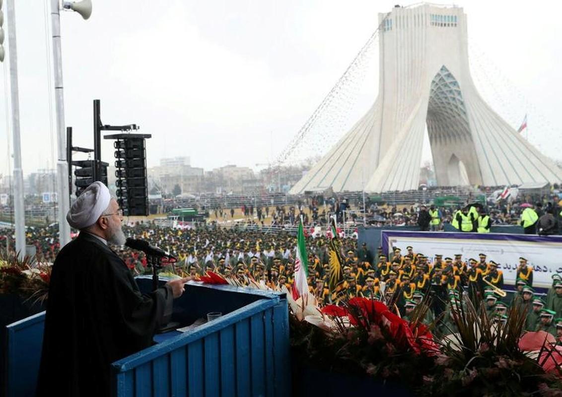 Toan canh le ky niem 40 nam ngay Cach mang Hoi giao Iran-Hinh-3