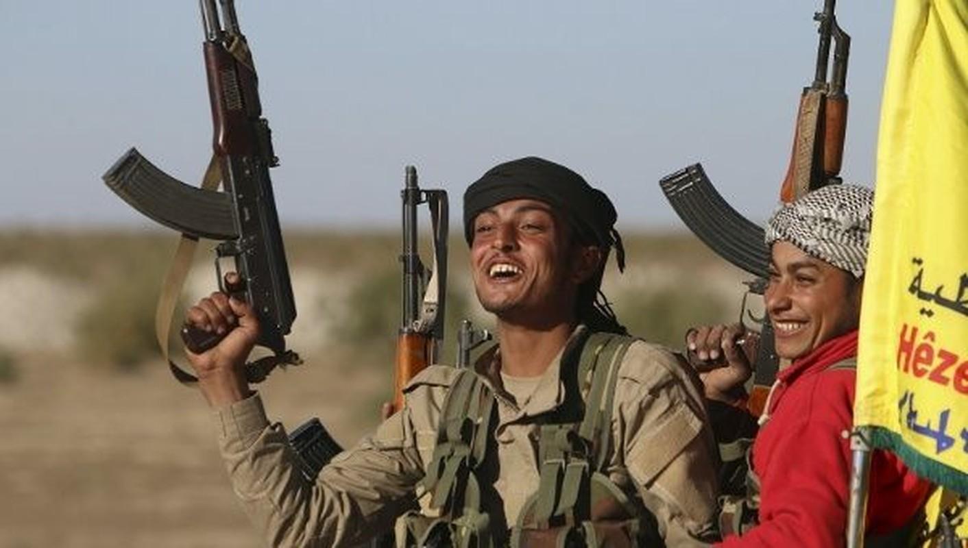 Vi sao SDF bat giu hang tram dan thuong Syria?-Hinh-7