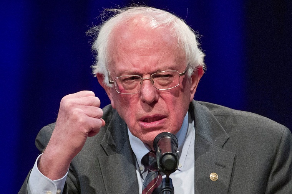 TNS Bernie Sanders vua tuyen bo tranh cu Tong thong My la ai?
