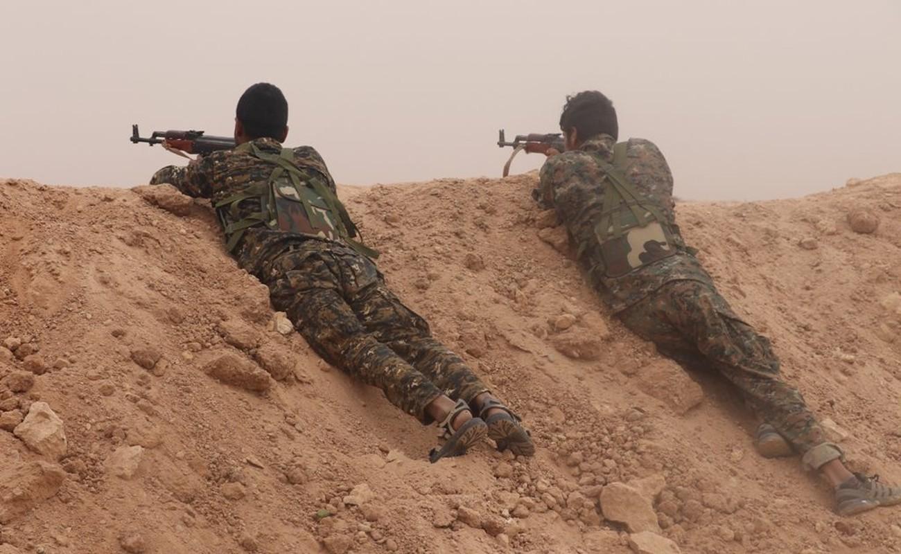 Phien quan IS phuc kich, tan sat linh Syria tai Homs-Hinh-5