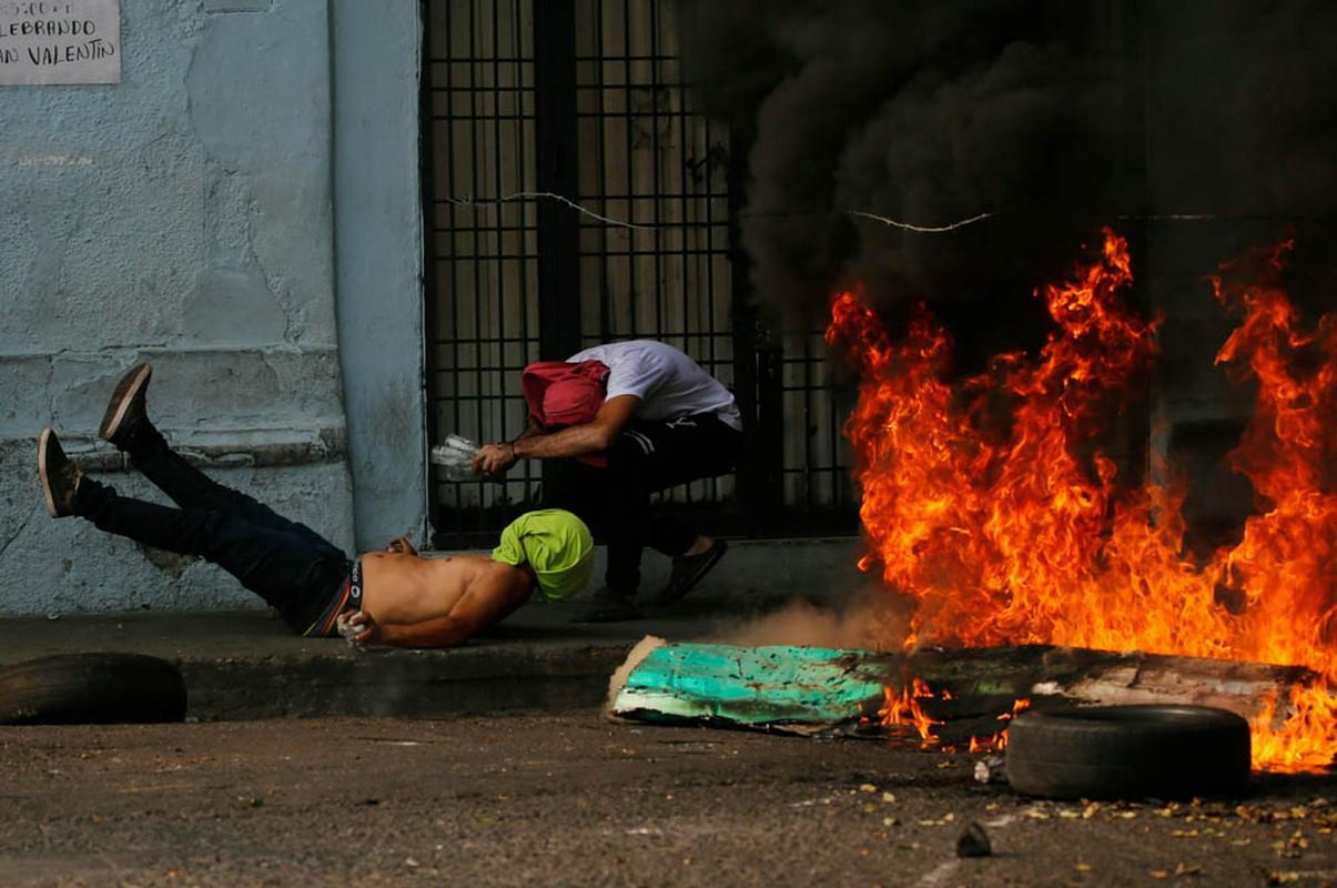 Toan canh dung do du doi tai bien gioi Venezuela-Colombia-Hinh-6