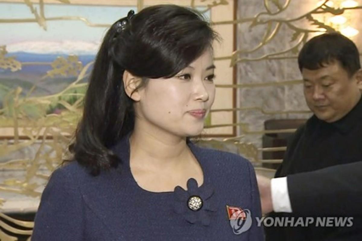 """Bong hong"" thu hai thap tung ong Kim Jong-un den Viet Nam la ai?-Hinh-3"