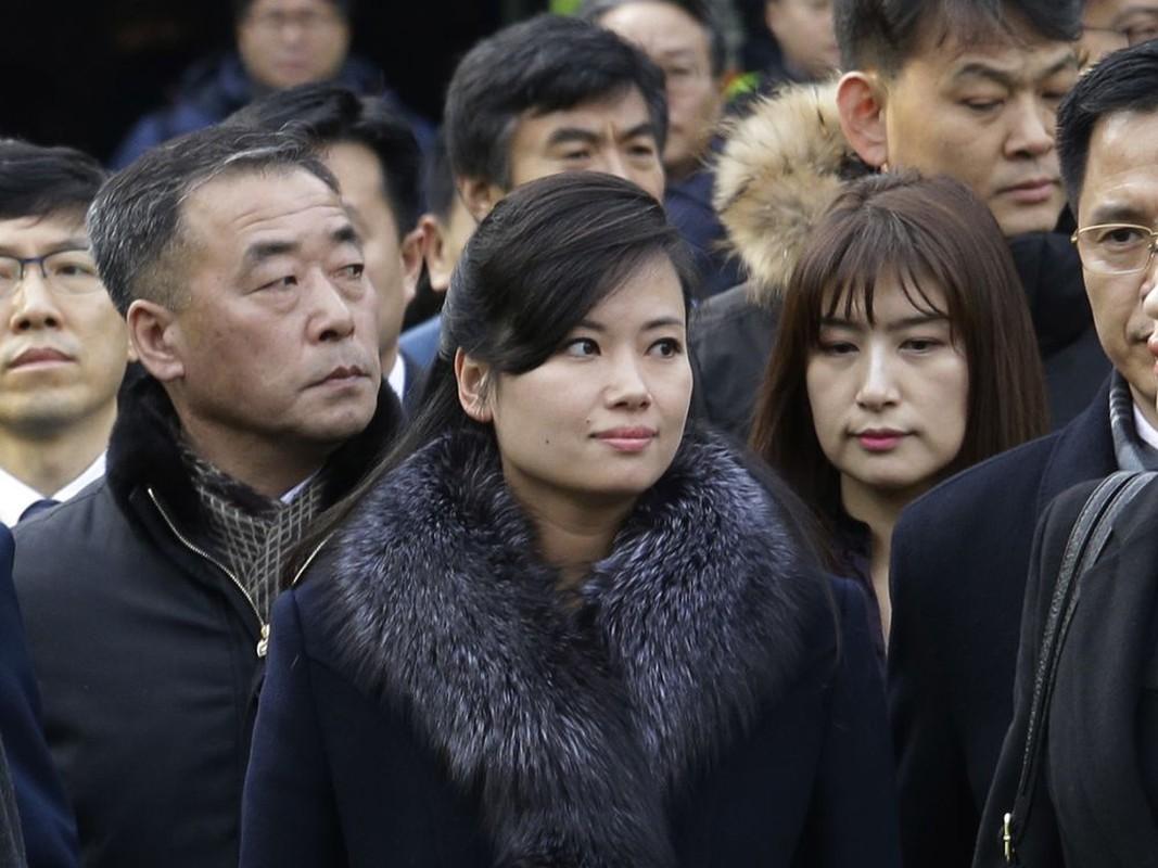 """Bong hong"" thu hai thap tung ong Kim Jong-un den Viet Nam la ai?-Hinh-4"