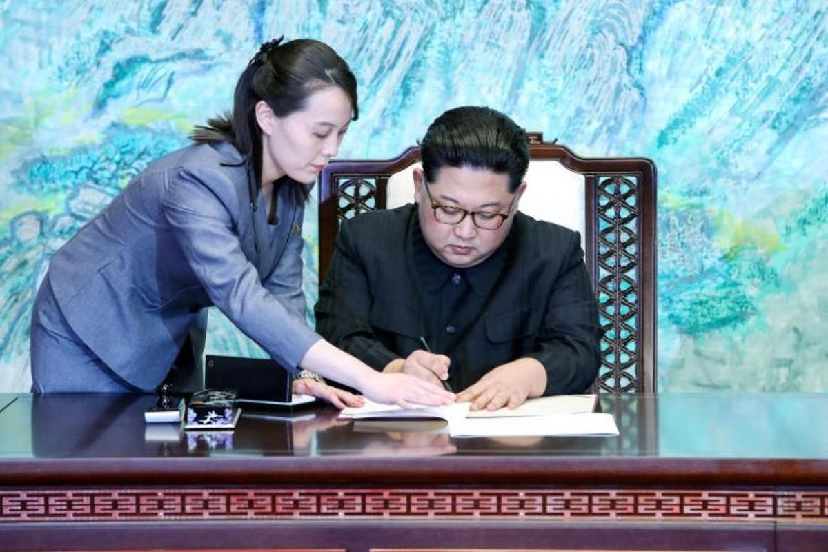 Hinh anh em gai Chu tich Kim Jong-un toi Viet Nam-Hinh-10