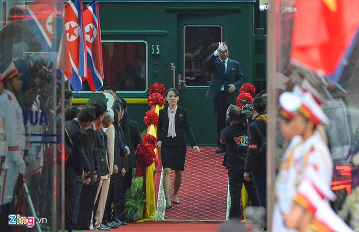 Hinh anh em gai Chu tich Kim Jong-un toi Viet Nam-Hinh-3