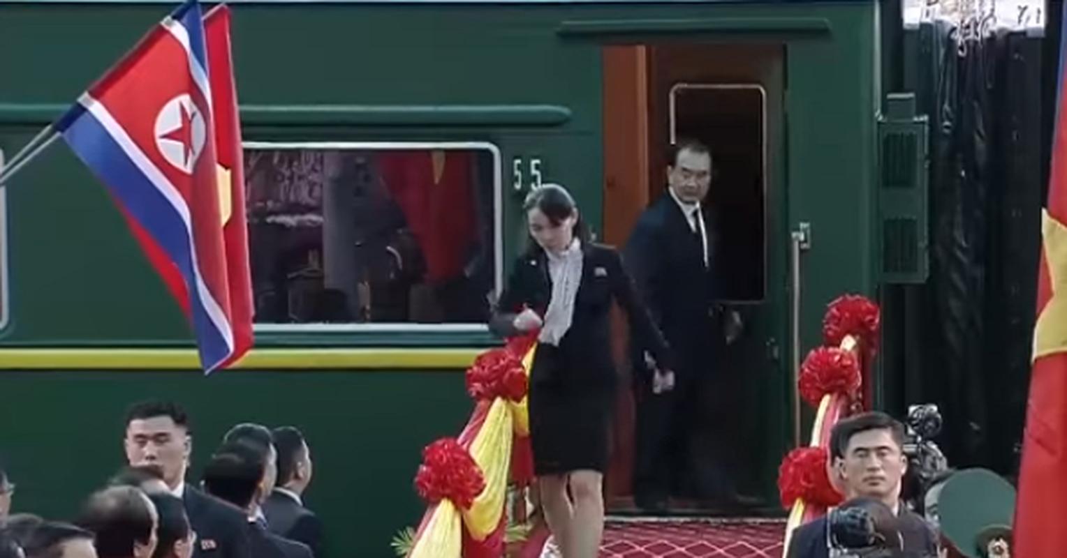 Hinh anh em gai Chu tich Kim Jong-un toi Viet Nam-Hinh-4