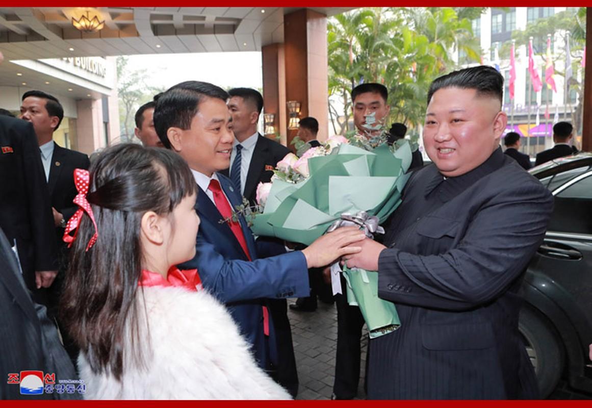 Ngay dau Chu tich Kim Jong-un den Viet Nam tren bao Trieu Tien-Hinh-7