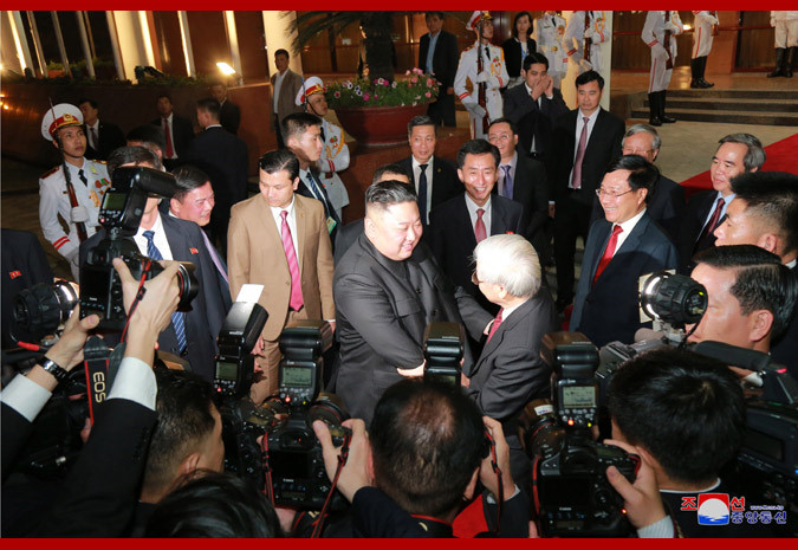 Chuyen tham Viet Nam cua Chu tich Kim Jong-un qua goc may KCNA-Hinh-10