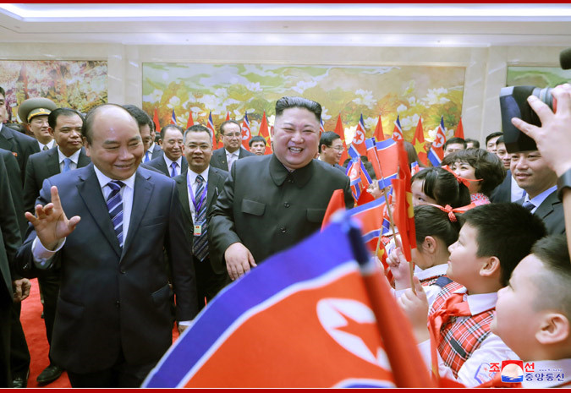 Chuyen tham Viet Nam cua Chu tich Kim Jong-un qua goc may KCNA-Hinh-6