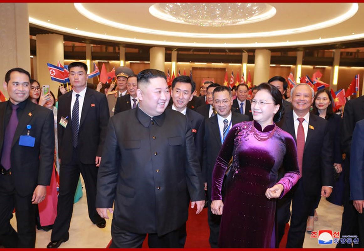 Chuyen tham Viet Nam cua Chu tich Kim Jong-un qua goc may KCNA-Hinh-8