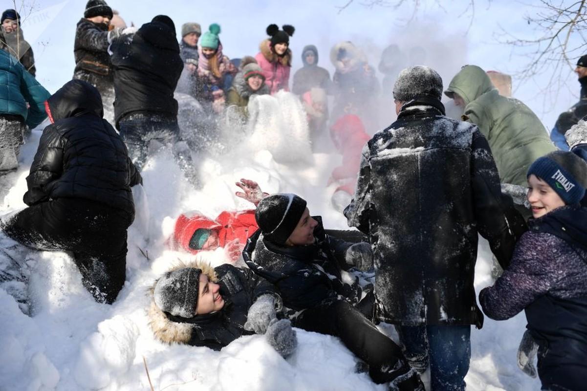 Ngac nhien cuoc song trong ngoi lang Siberia heo lanh-Hinh-9