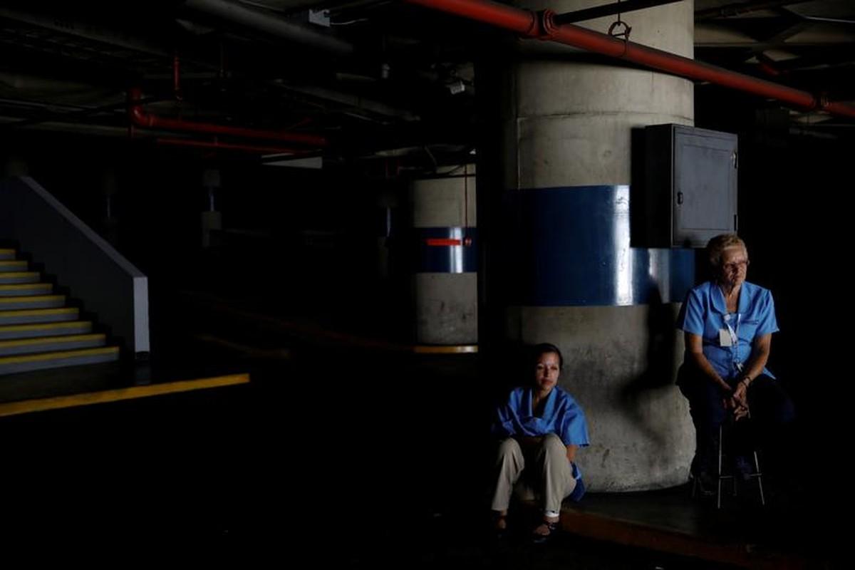 Le loi cuoc song o Venezuela giua con khung hoang-Hinh-12