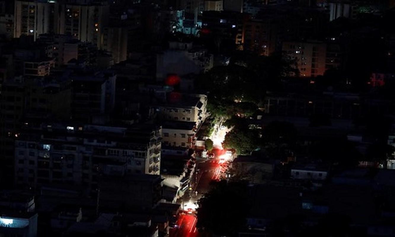 Le loi cuoc song o Venezuela giua con khung hoang