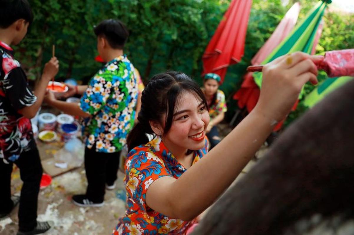 Tung bung le hoi te nuoc mung Nam moi o Thai Lan-Hinh-10